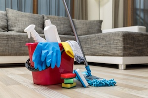 Move Out Cleaning - DIY or Professional Help