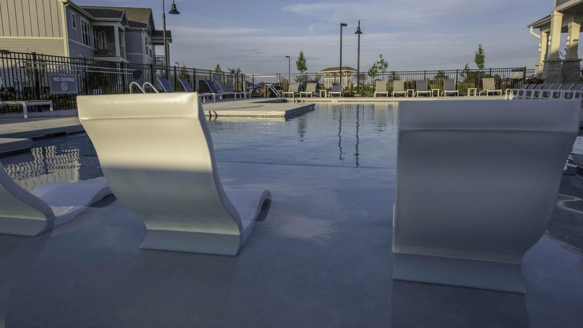 springs-at-2534-co-resort-style-pool