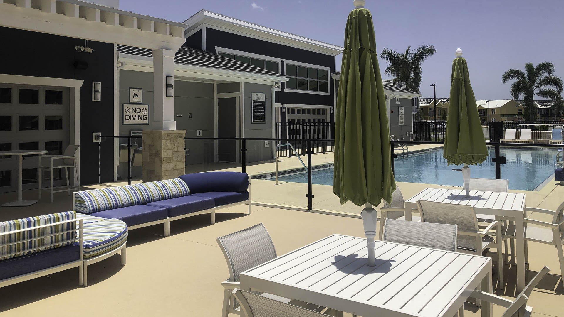 Springs at Port Orange outdoor seating and pool