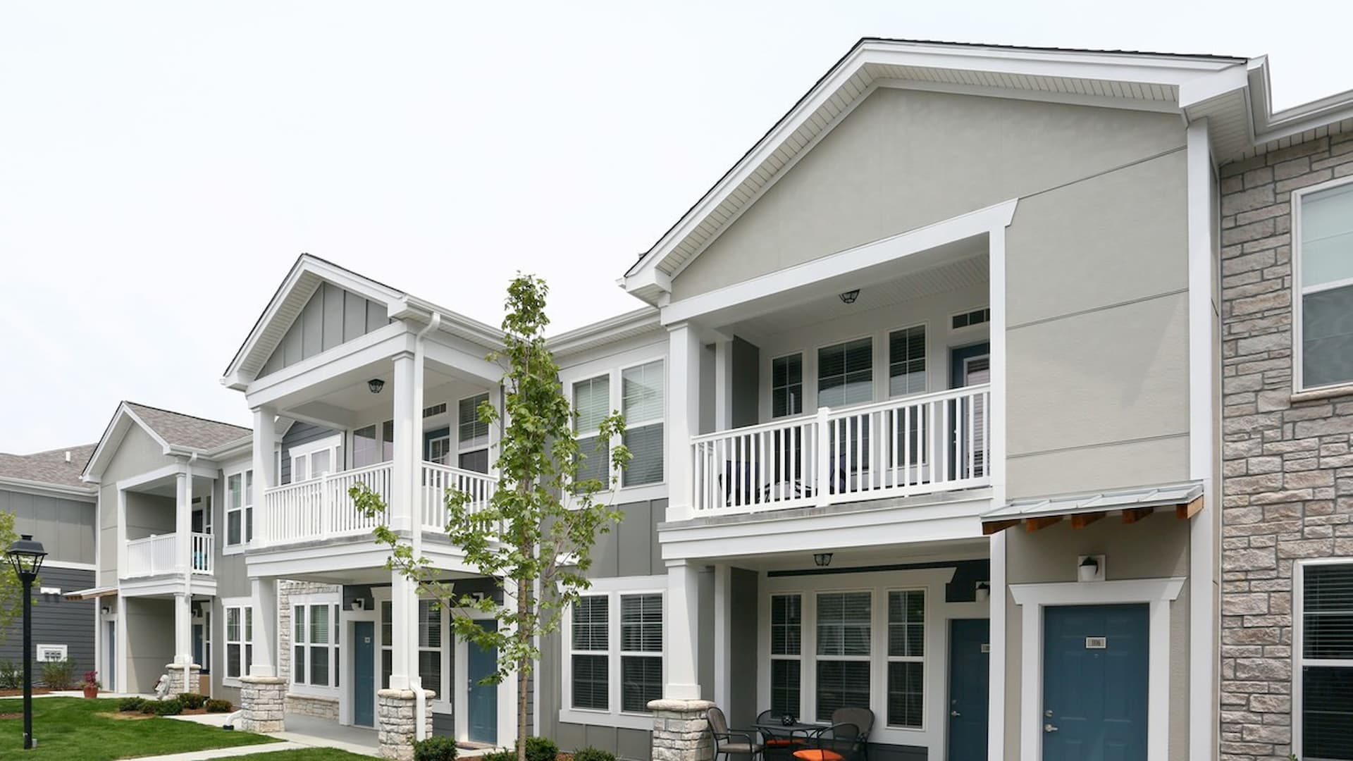 springs-at-orchard-road-apartments-north-aurora-il-building-photo (4) (1)