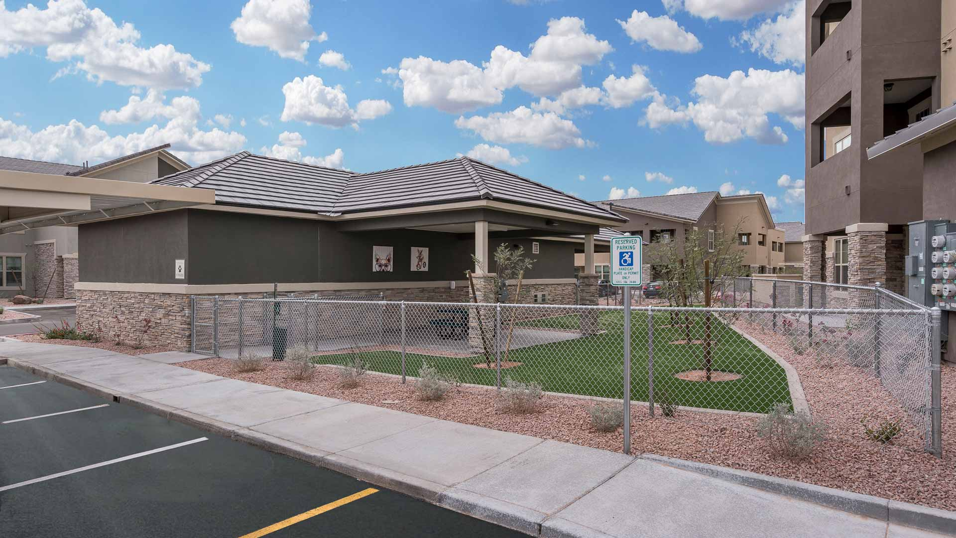 Springs at Red Mountain Luxury Apartments for Rent In Mesa, AZ-30