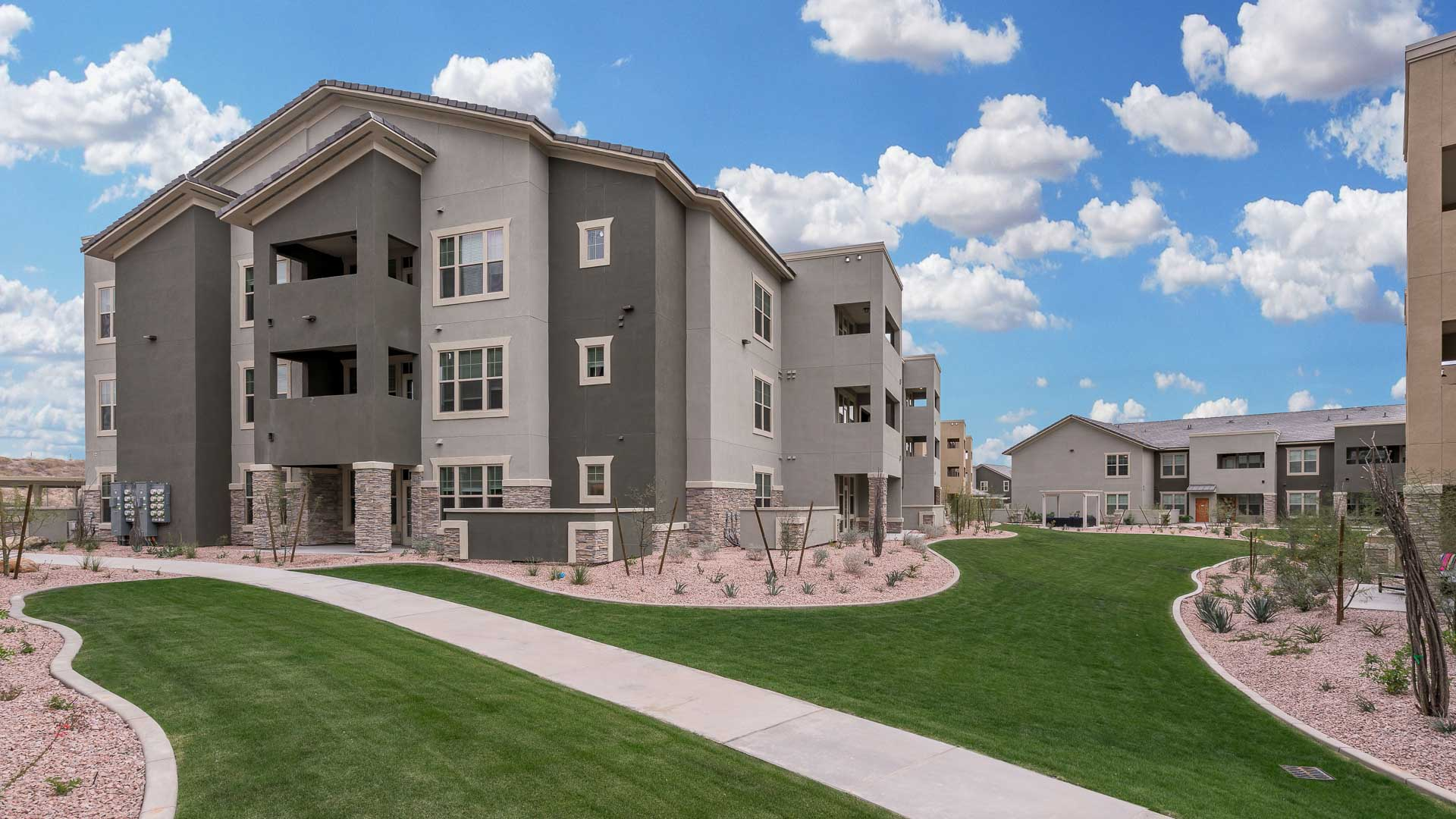Springs at Red Mountain Luxury Apartments for Rent In Mesa, AZ-35