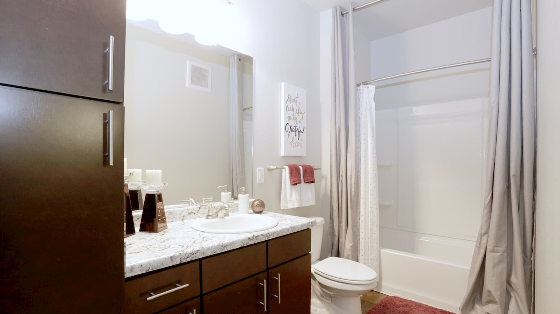 springs-at-south-elgin-south-elgin-il-2br-grand-courtyard---2nd-bathroom