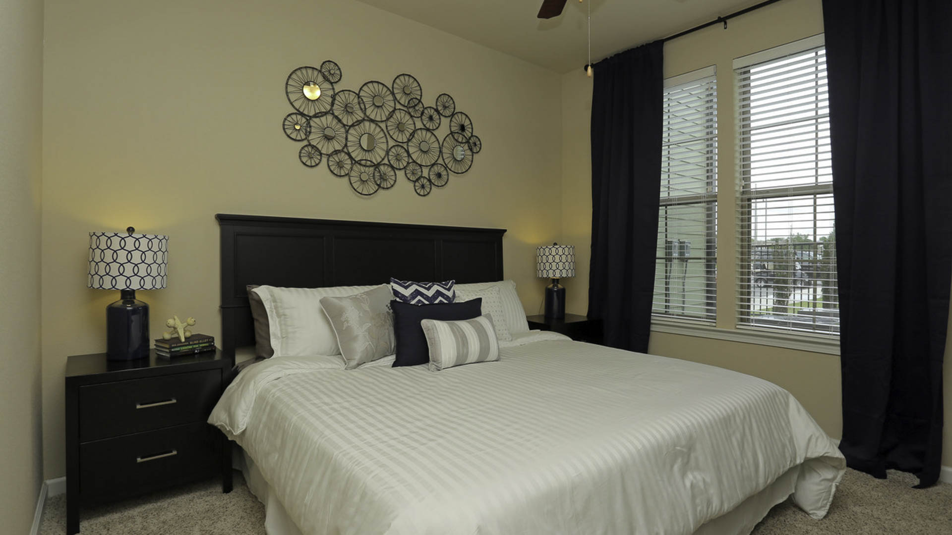 Springs at Woodlands South master bedroom