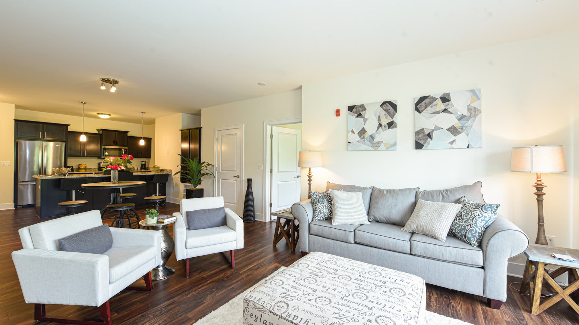 Living Room 2 (3)