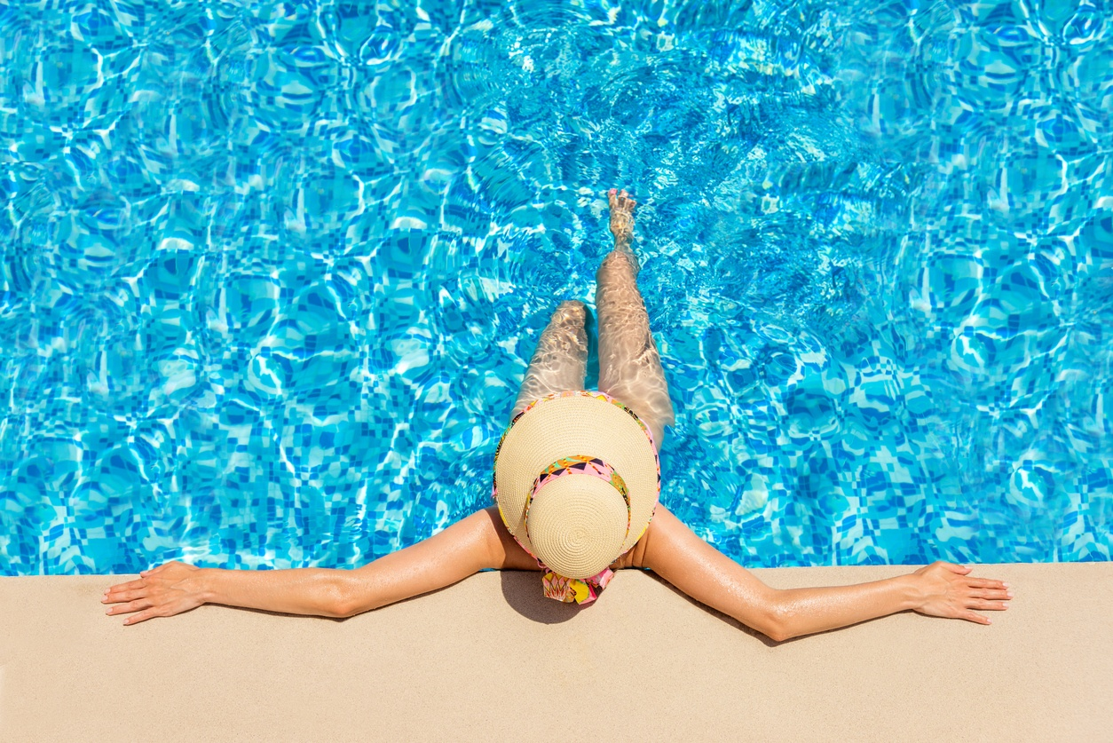 Keep It Cool with These 7 Pool Safety and Etiquette Tips