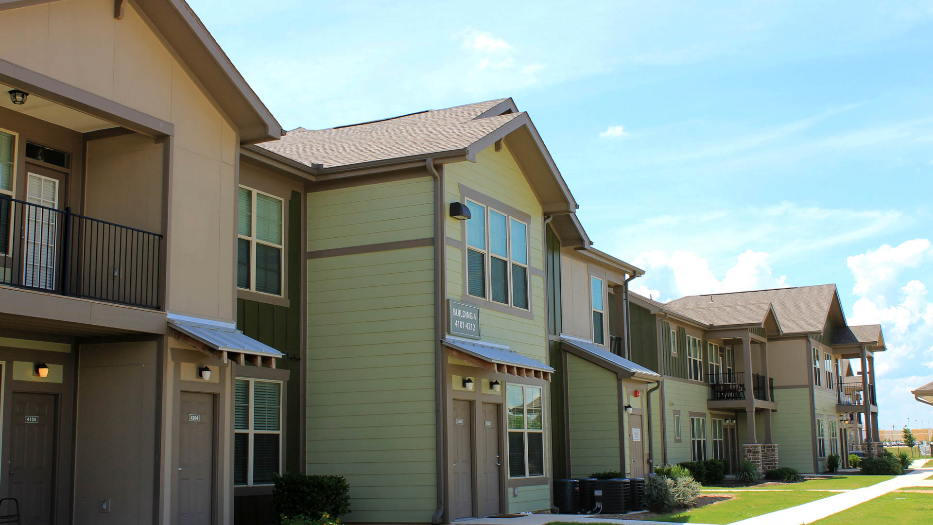 Springs at Creekside in New Braunfels Green Townhome Exterior