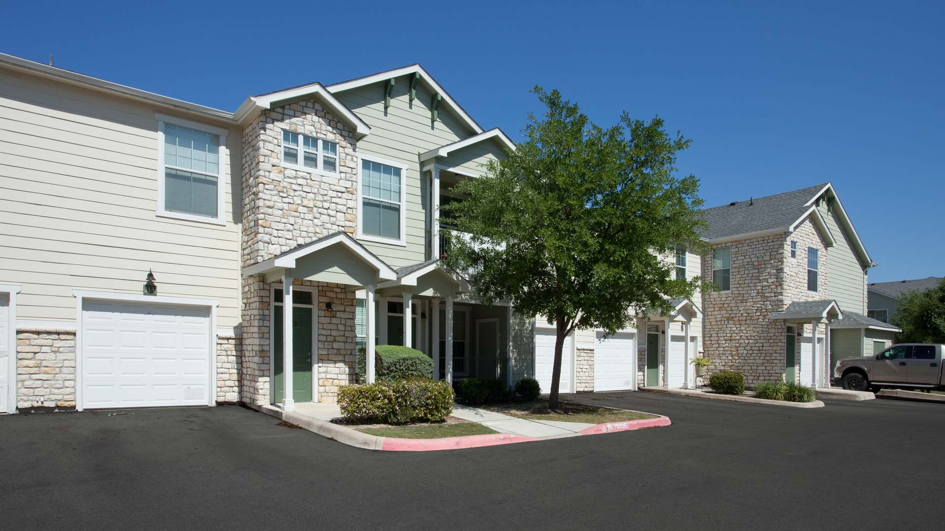 Springs at Live Oak in Live Oak, Tx townhome apartments