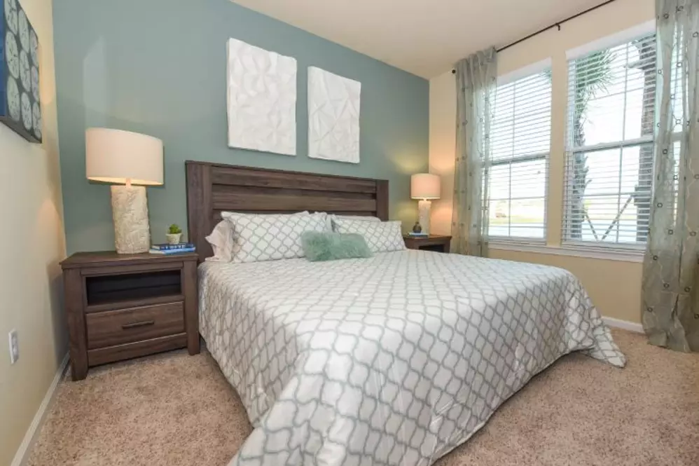 South Elgin, IL Luxury Apartments for Rent | Springs at South Elgin