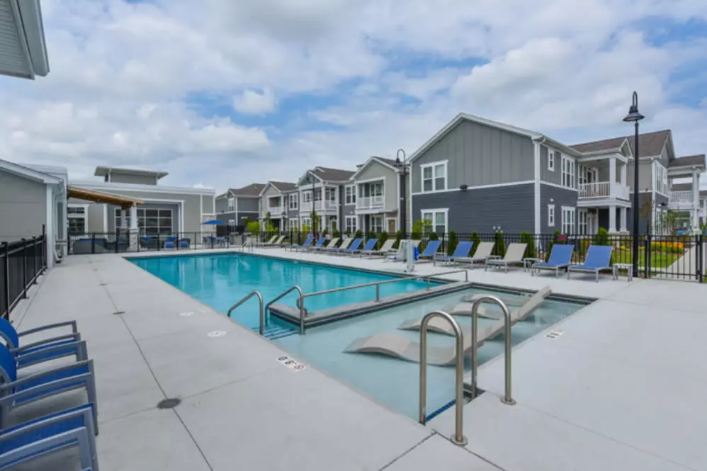 South Elgin, IL Luxury Apartments for Rent | Springs at