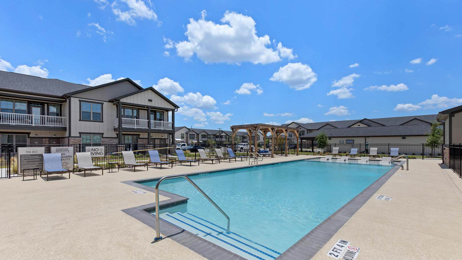 Pool in Rosenberg, TX