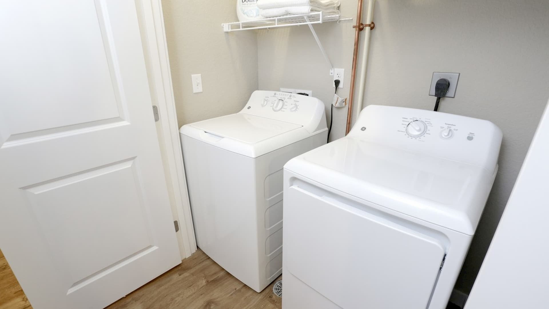 springs-at-weber-road-romeoville-il-in-unit-laundry