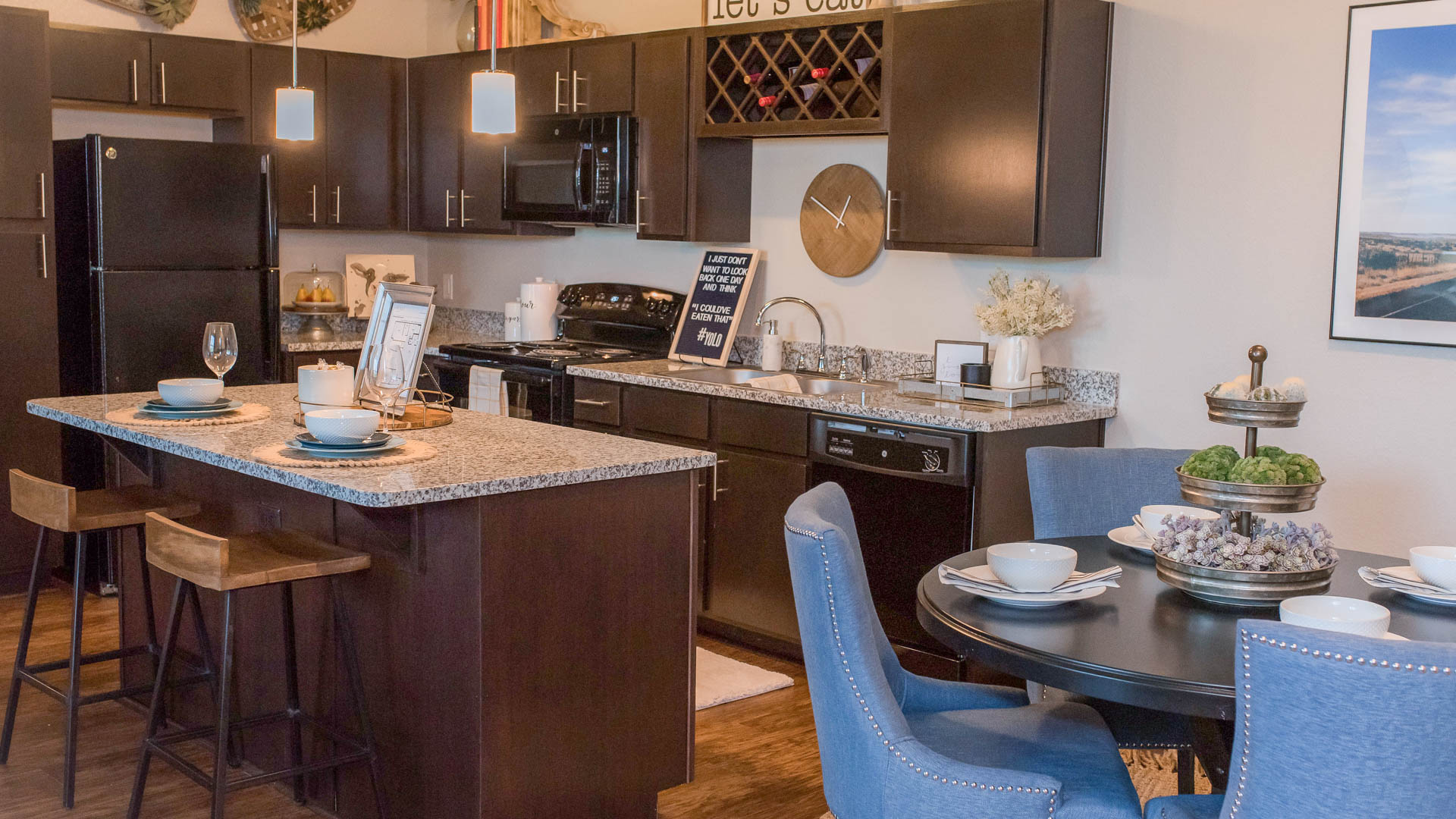 Springs at Sunfiled Apartments In Buda TX-