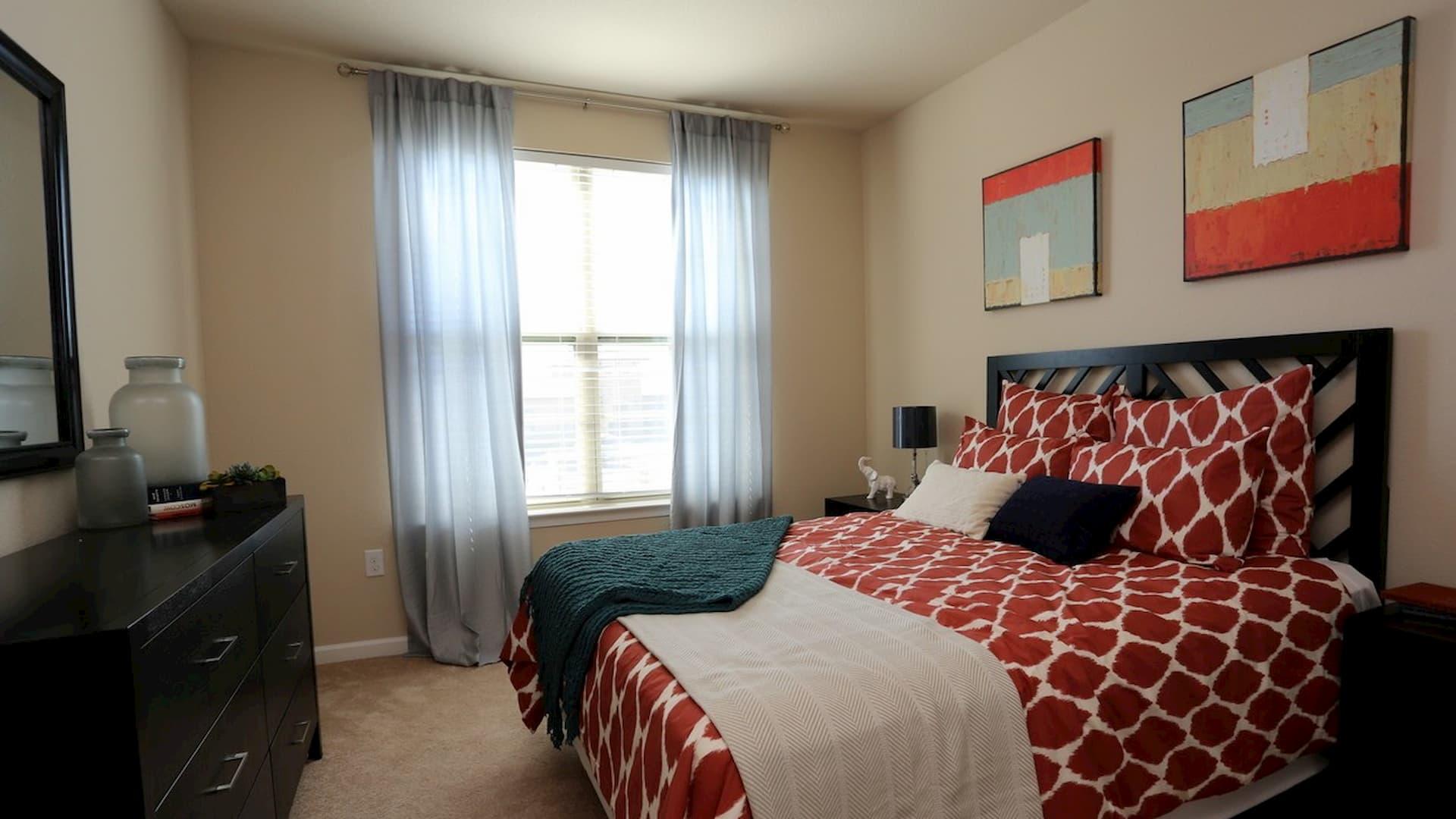 springs-at-alamo-ranch-apartments-san-antonio-tx-second-bedroom